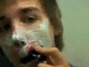 Life in a Day (A vida em um dia) - First shave