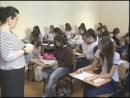 Estudantes inscritos no Enem se preparam para redação