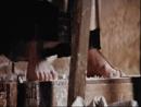 Camille Claudel - Camille esculpe no mármore